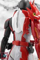 S.H. Figuarts Kamen Rider Saber Brave Dragon 10