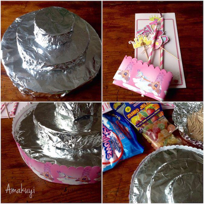 Decoración de la tarta de chuches sin gluten ni huevo con detalles de princesas