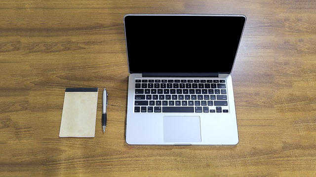 Apple-mac-book-history-&-concept-in-great-company