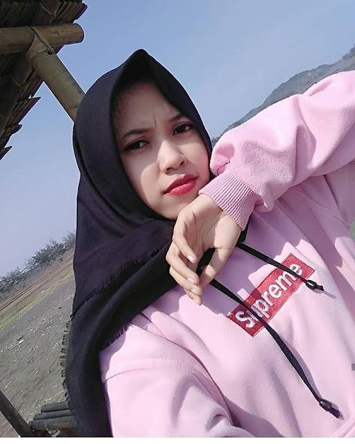 Nanda Agita Hijaber Cool