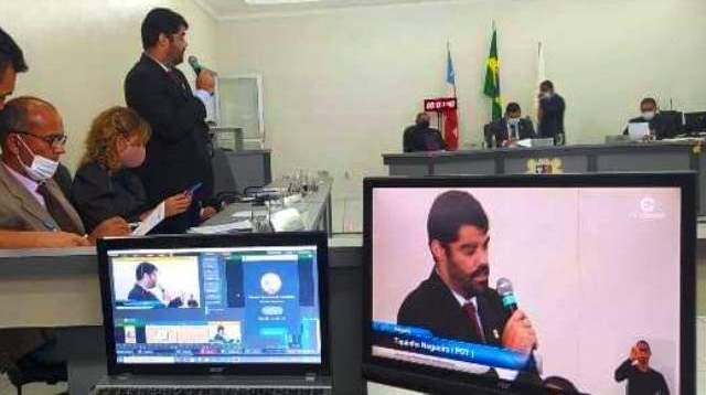 Em meio à crise e com voto da oposição, Câmara aprova cobrança da Zona Azul em Itapetinga