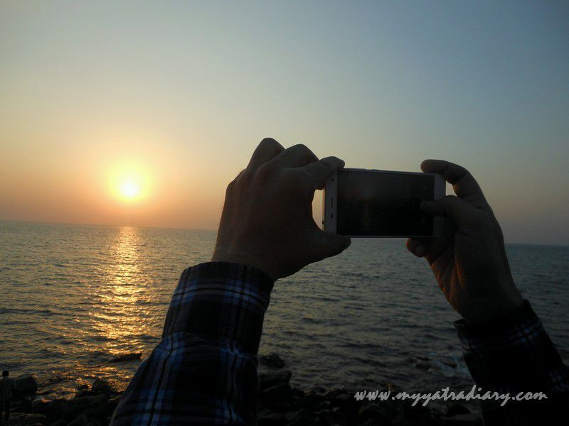 Capturing sunset at Bhadkeshwar Temple, Dwarka, Gujarat