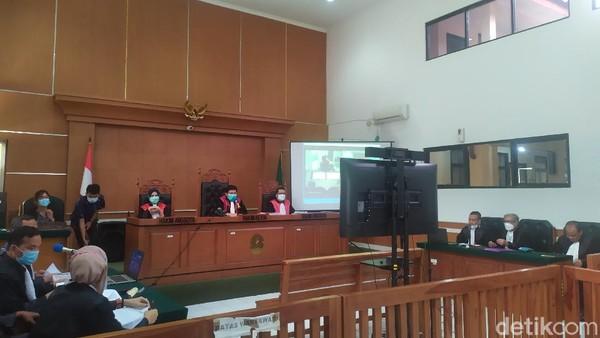 Pengacara Heran Jaksa Nilai Syahganda Berupaya Turunkan Presiden