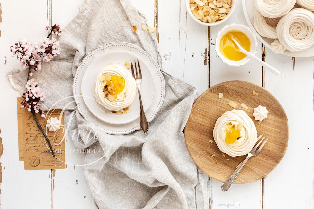 meringues, ostern, backen für ostern, meringuesnest, baisernest, foodfotography, foodblogger, blogger, kooperation