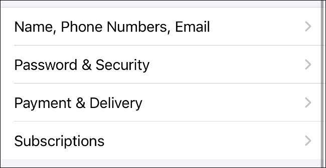 حدد الاشتراكات في تفضيلات معرف Apple