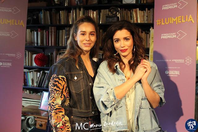 Carol Rovira (Amelia) y Paula Usero (Luisita) en la presentación de 'Luimelia'