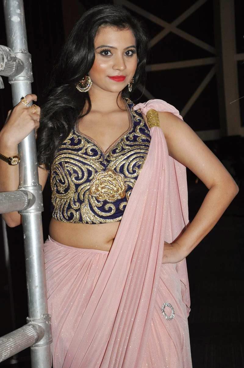Sarayu Saree Photo Stills - HD Latest Tamil Actress