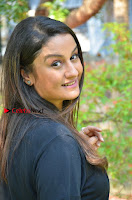 Tamil Actress Sonia Agarwal Pos in Denim Jeans at Unnaal Ennaal Movie Shooting Spot  0004.jpg