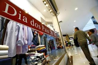 Dia dos Pais: Consumidor deve gastar até R$ 100 com presente