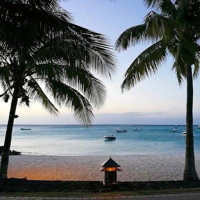 Paradis Beachcomber Beach