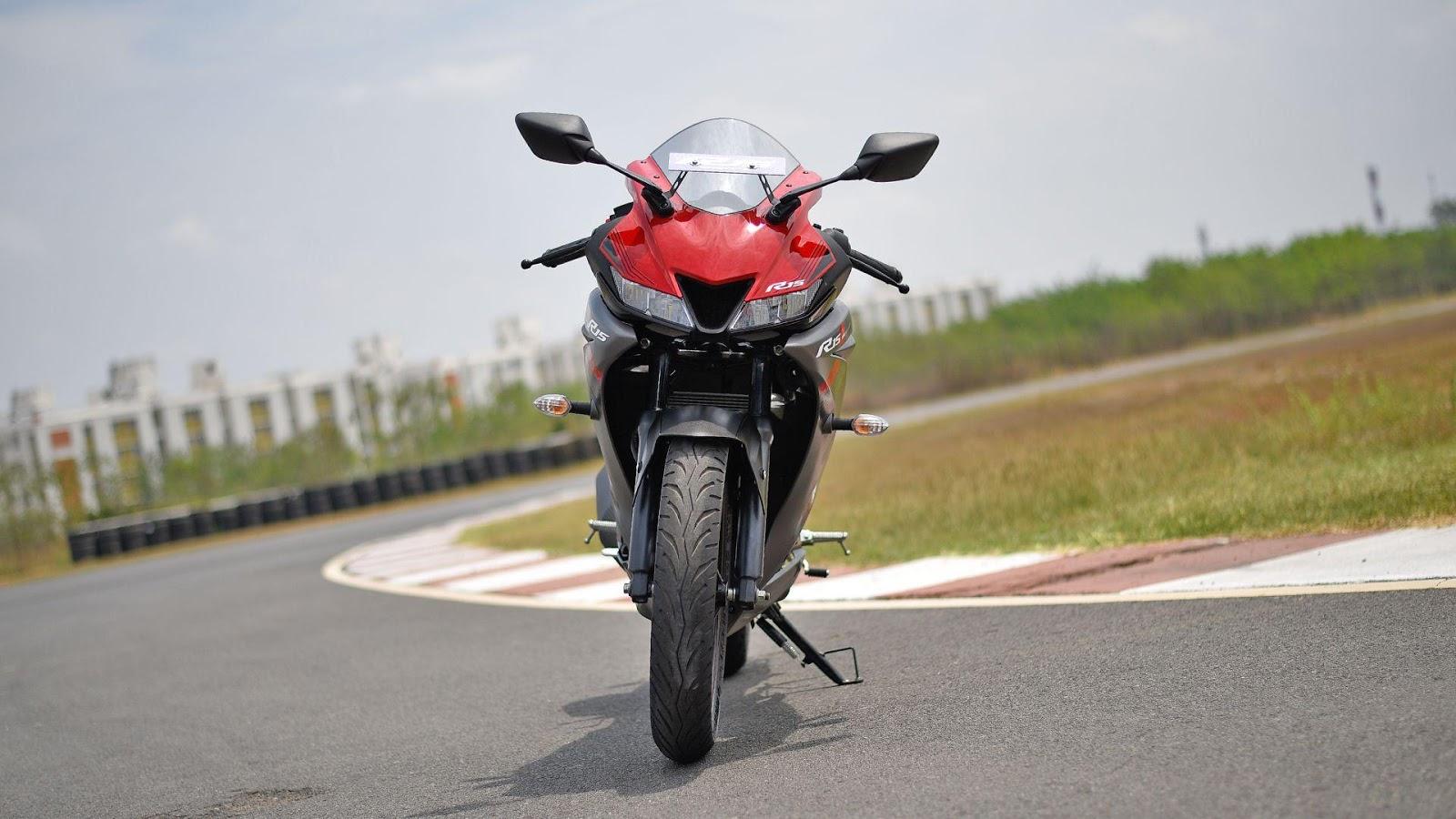 Gambar Yamaha R15 V3 kualitas HD - 32