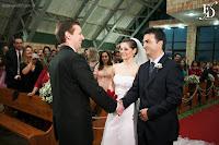 casamento em Porto Alegre com cerimônia realizada no Santuário Mãe de Deus e recepção no Restaurante Panorama da PUCRS com decoração simples e clássica em verde e branco por Fernanda Dutra Eventos cerimonialista em Porto Alegre