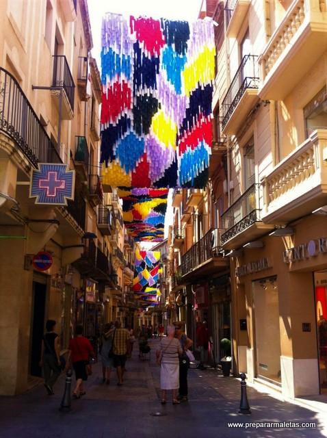 calles comerciales del centro de Reus