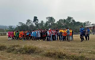 Menyambut HUT RI 73, Kompetisi Sepakbola Sarinagen Cup Digelar