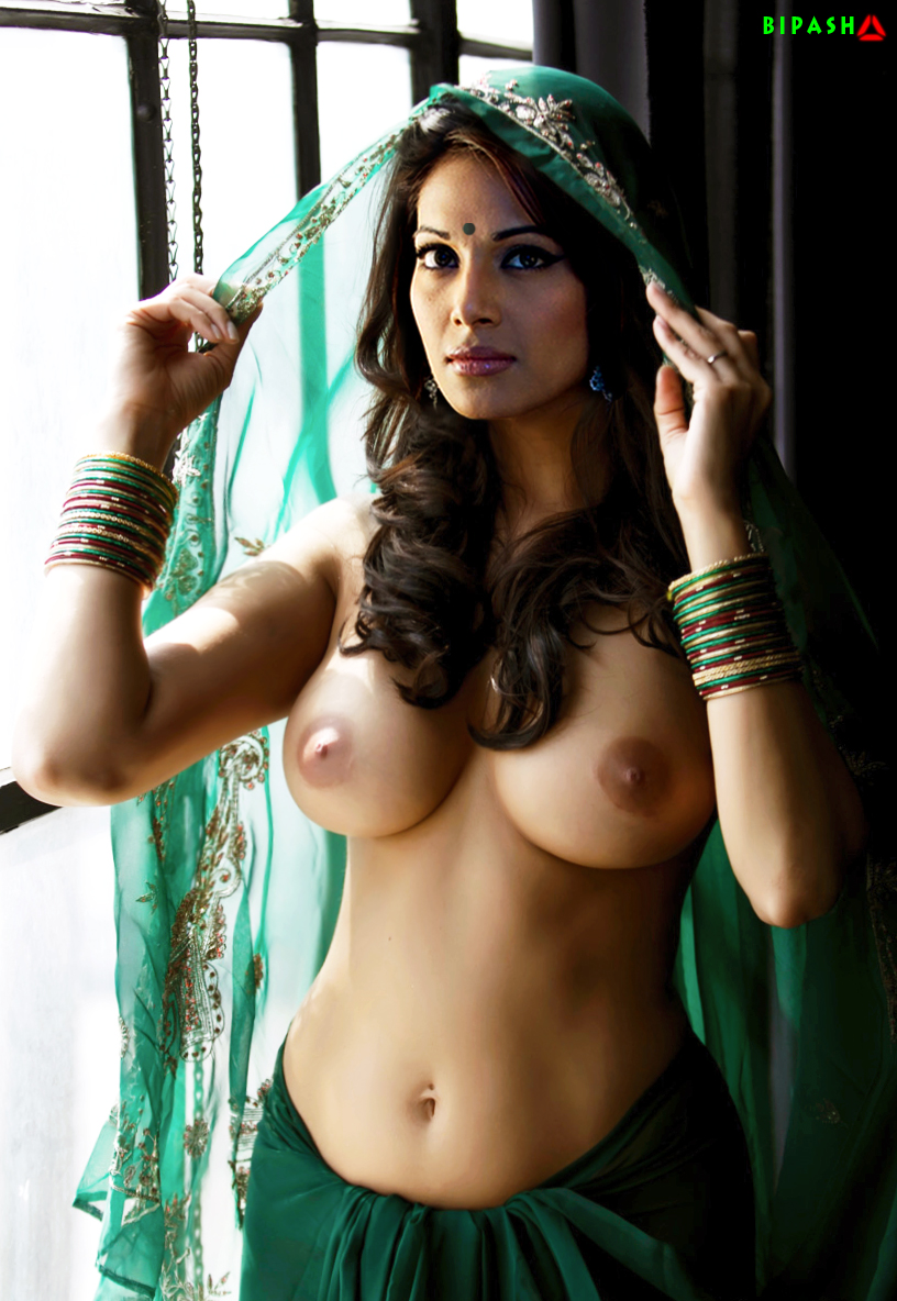 Bipasha Basu Real Nude Photos
