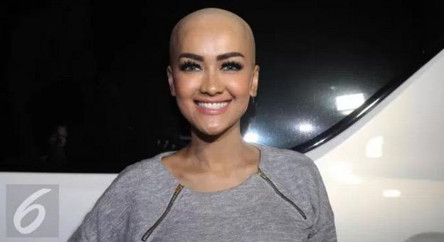 Julia Perez Jawab Isu Botakkan Kepala