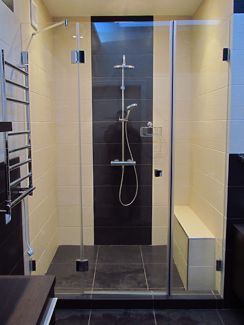 Shower cabins - a modern solution for the bathroom