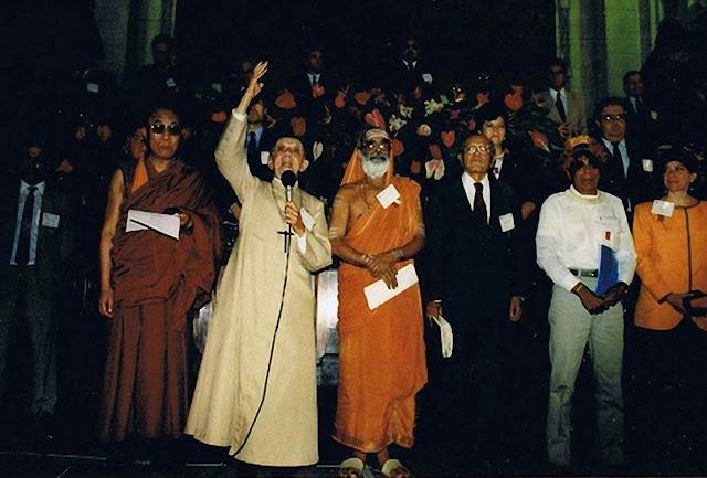 A vigília ecumênica da ECO-92 comemorou a nascente pan-religião ecológica e a morte das religiões organizadas