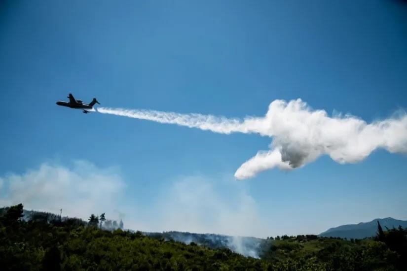 Σε εξέλιξη φωτιά στο Βαρνάβα με απομάκρυνση κατοίκων- ποιος είπε όχι σε ανεμογεννήτριες  εκεί?