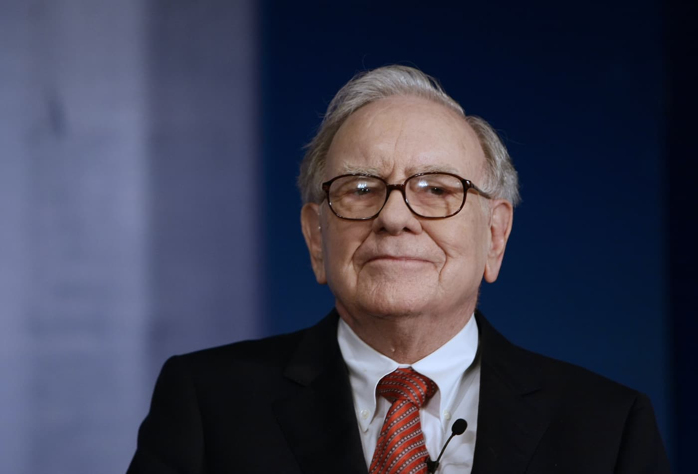 7 books Warren Buffet Thinks You Must Read