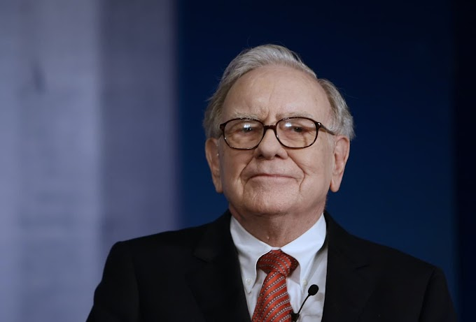 7 books Warren Buffett Thinks You Must Read
