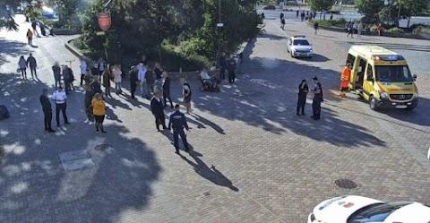 Fényes nappal támadtak egymásra a cigányok a város forgalmas terén (fotók)
