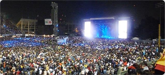 Foro Sol en concierto con vista al escenario