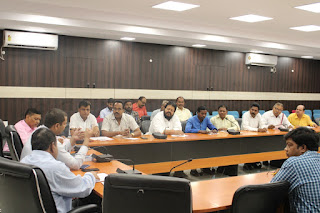 dm-meeting-with-political-party-jamshedpur