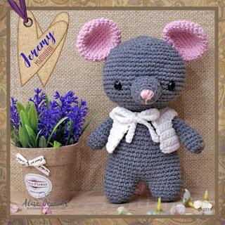 Мышонок Jeremy Designed by EmerenStore вязаный крючком crochet amigurumi mouse