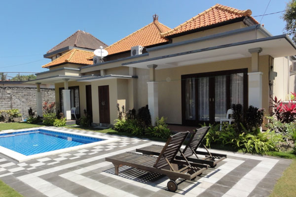 Villa Beach Front Rent at Tanjung Benoa Bali