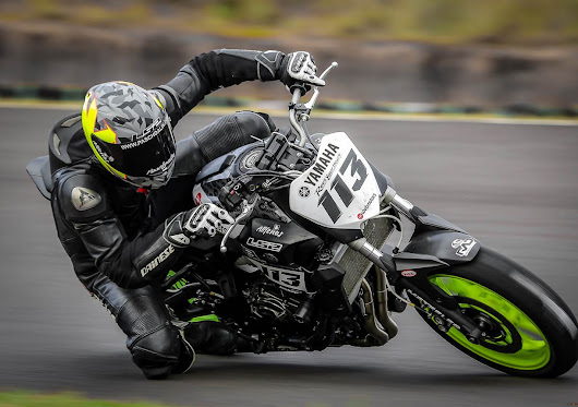 RAFAEL PASCHOALIN VAI DE YAMAHA MT-07 NA GRANDE DISPUTA DO PIKES PEAK NO COLORADO.