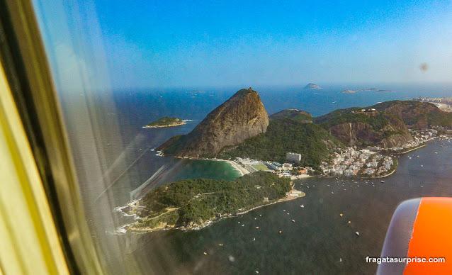 Paisagem do Rio de janeiro vista do avião