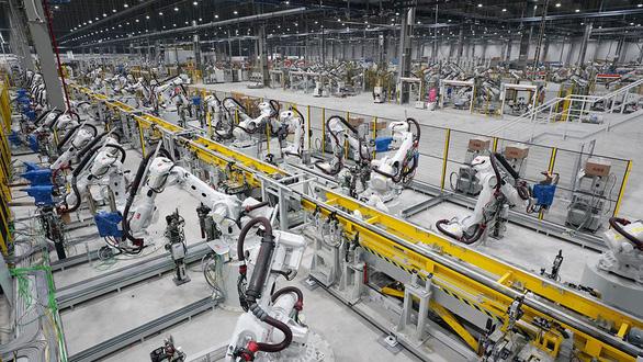 Nhà máy chế tạo Robot phun sơn