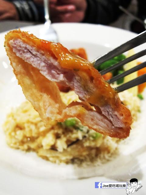 IMG 2875 - 【台中美食】瓦圖廚房 WATOTO Diner 對寵物超級友善的瓦圖廚房,不僅僅食物美味,老闆的心更是美~!!