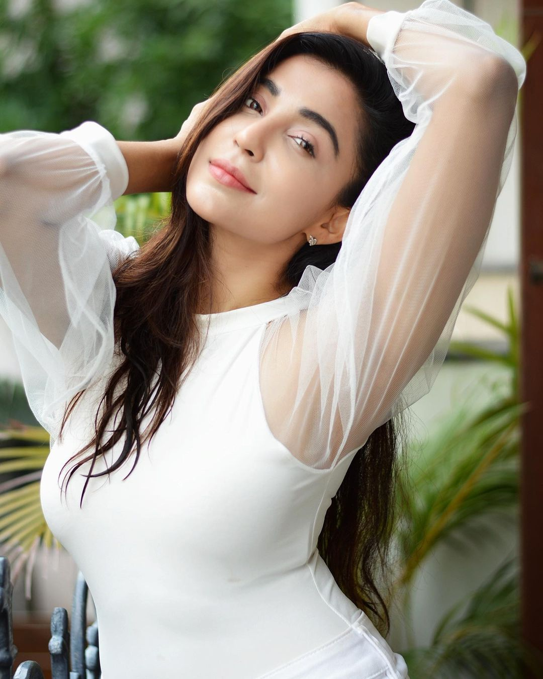 Actress Parvati Nair Latest Hot Photos in White Dress