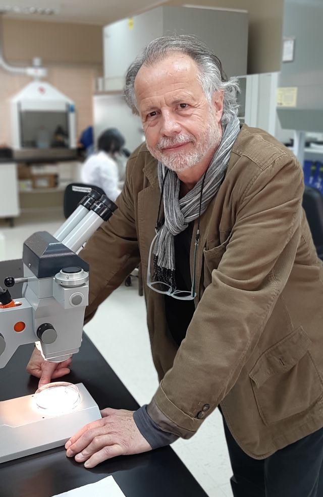 Dr. Ueli Merz