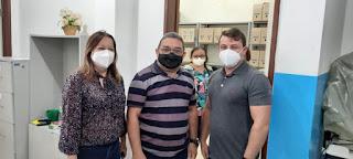 Vereador Nal do MDB de Guarabira PB comemora reabertura do Centro da Visão