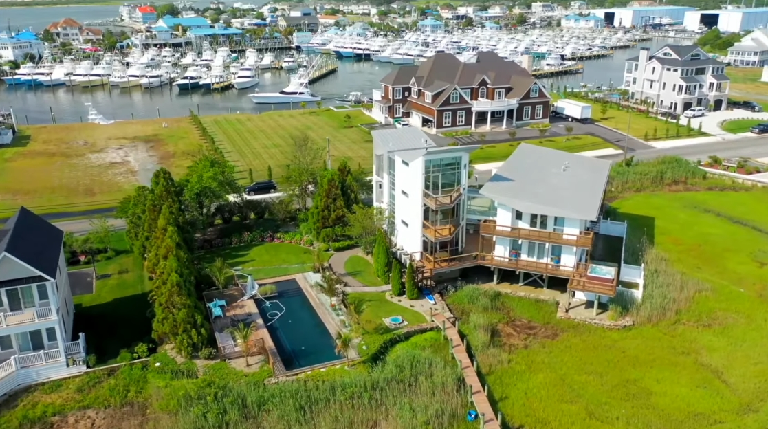 Tour 12933 Old Bridge Rd, Ocean City MD vs. 30 Interior Design Photos