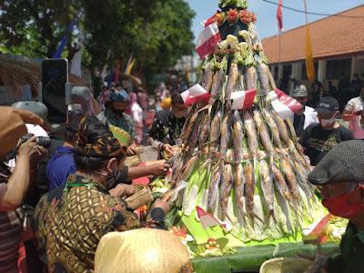 Tradisi Jawa Timur Festival Bandengan