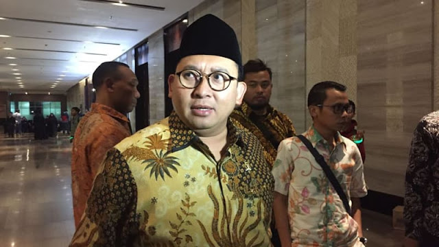 Fadli Ingin Lagu Ganti Presiden Dinyanyikan Seperti 'We Are The World'