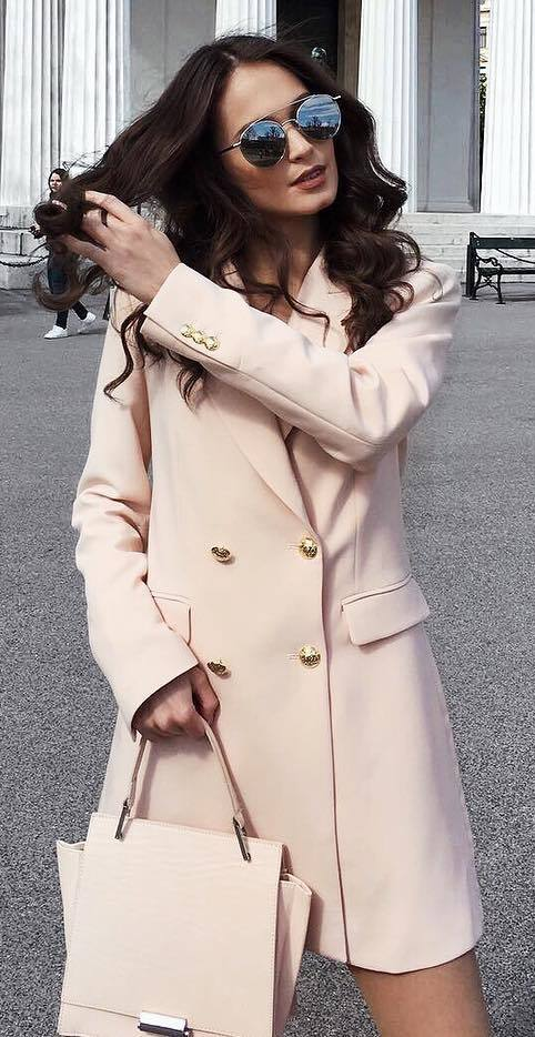 nude palettes inspiration / coat and bag