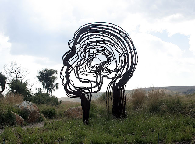 South Africa's Renowned Sculptor 12