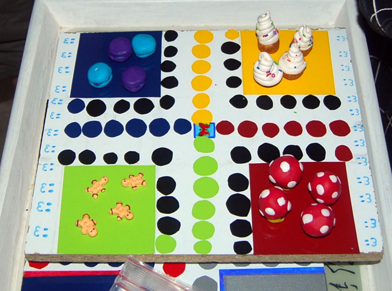 atelier jeux de soci t recyclage et cr ation. Black Bedroom Furniture Sets. Home Design Ideas