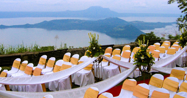 Restaurant in Tagatay, Philippines