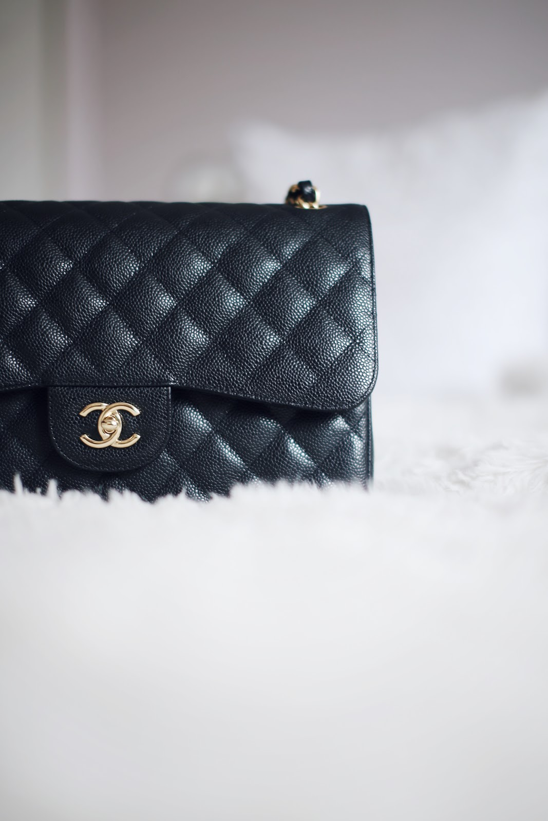 b7dd5eea1045 The Chanel Classic flap is simple yet timeless, a style I appreciate and  look for when it comes to handbags. As my collection grows, I know that  this was a ...