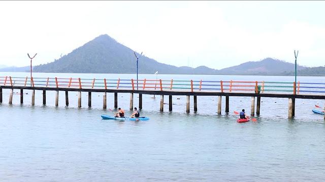 Bermain Kayak di Pulau Labun Barelang Batam