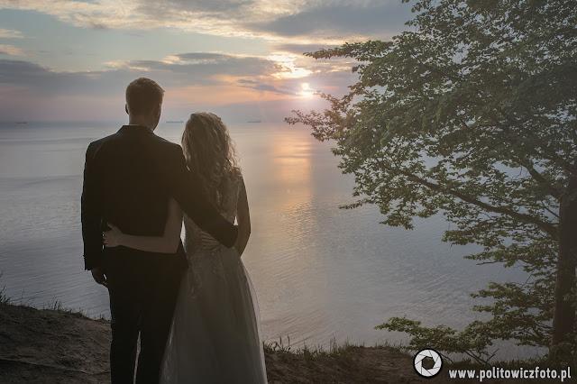 sesja ślubna o wschodzie słońca