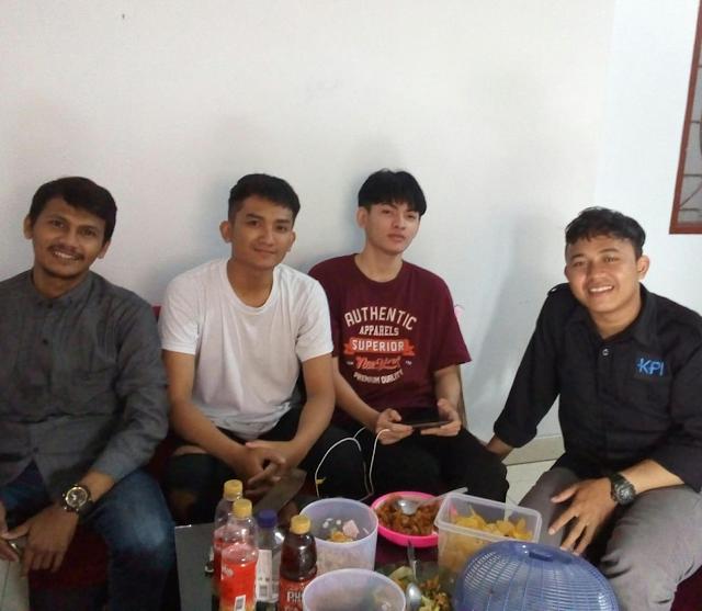 Kunjungan Teman-teman Jun