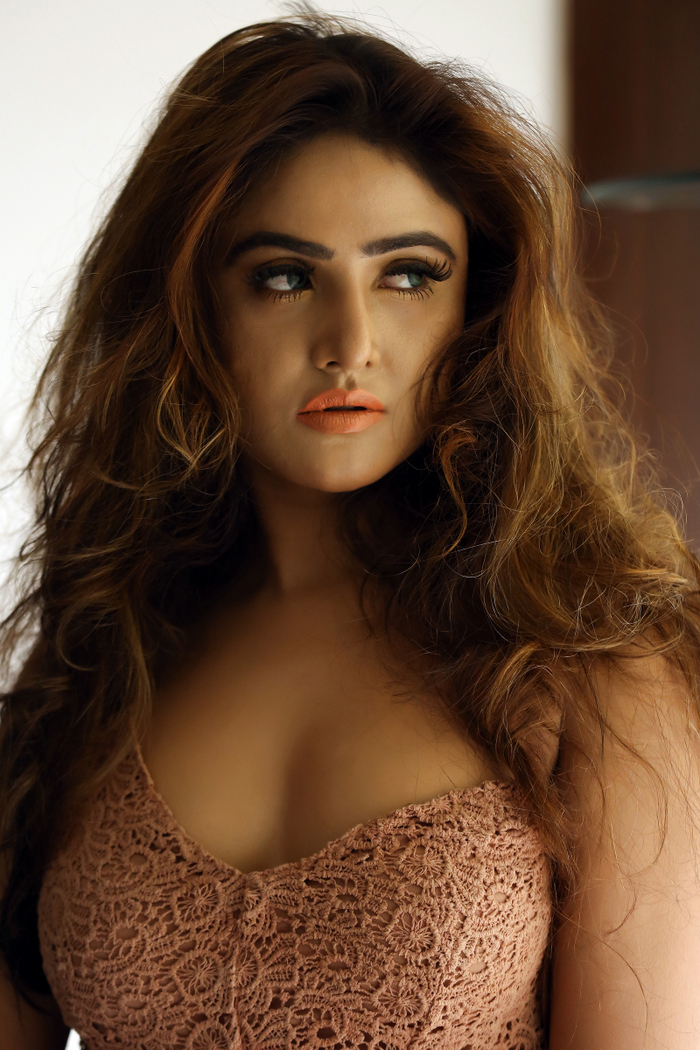 Sony Charishta Latest Spicy Stunning Photos
