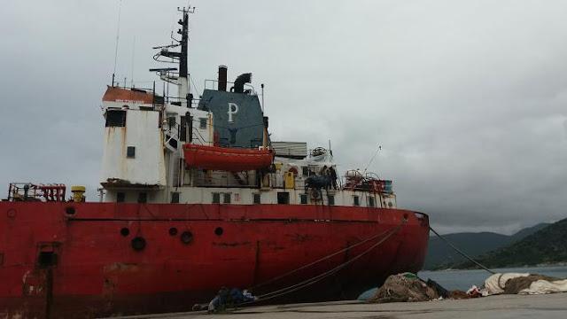 """Να απομακρυνθεί άμεσα το δεξαμενόπλοιο """"PIC SAINT LOUP"""" από το λιμάνι της Κοιλάδας Αργολίδας"""